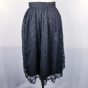 1970s Montgomery Ward Black, Lined Poly Lace Skirt